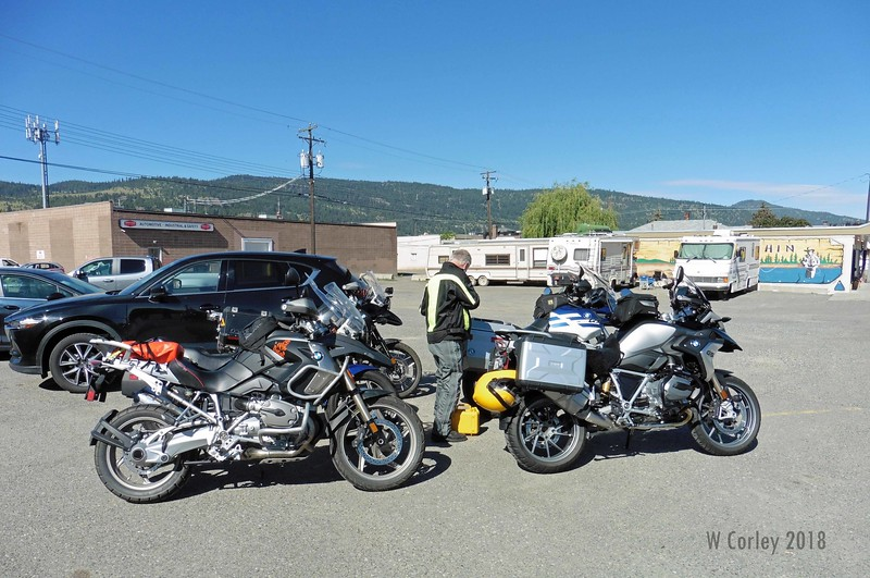 Terry, Bill  & I rode over to Merritt together leaving Kelowna at 7:30 AM.  We arrived around 9 AM and had plenty of time to visit before the Grand Pub & Grill opened at 10 AM.  It wasn't long before there were plenty of early arrivals to visit with.
