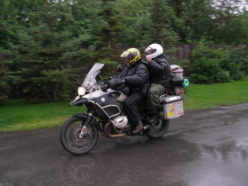Nacho Sr. and youngest son leaving HOH in the rain, Alaska - CO2AK08