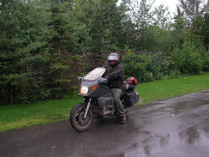 Gil family cousin (sorry I didn't get the name) leaving HOH in the rain, Alaska - CO2AK08