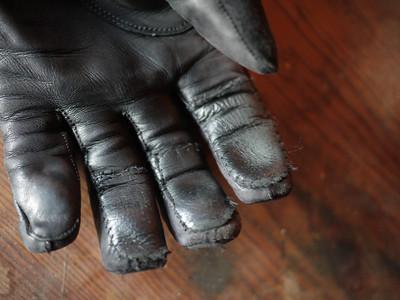 Moto-Alternations (Gloves)