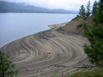 (2006-04) Castlegar
