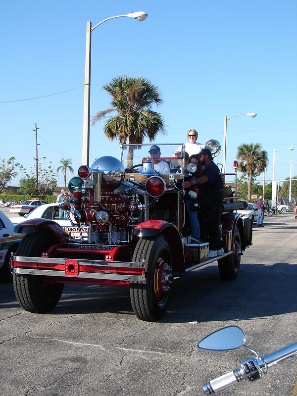 The ride begins in Pompano, FL at the horse track in it's giant parking lot.  I was lucky enough to be near the front - this is one of the leaders of the parade which stops traffic on I-95 for hours