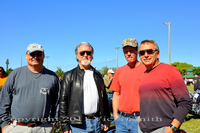 This show brings out everybody, out of towners and locals, friendships that revolve around two wheels and go back decades. These 4 guys have been friends of each other (and mine) for a loooong time :-)