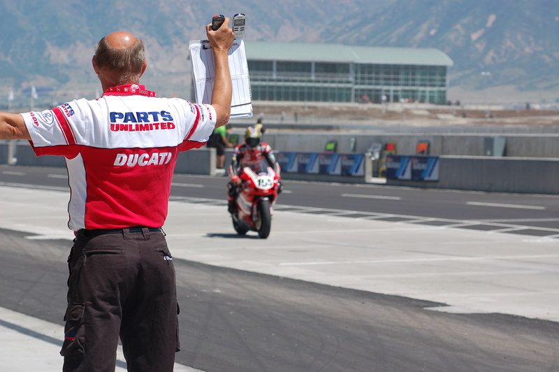 Gary Medley, Ben Bostrom's crew chief shows him the way