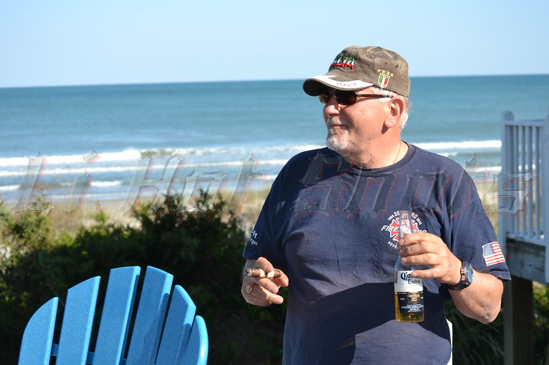05-13-2013 Monday, Myrtle Beach Beach House & Beaver Bar (106)