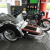Aan een benzinestation in GAP = Garmisch Partenkirchen.