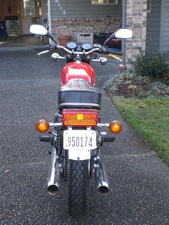 1976 RD400