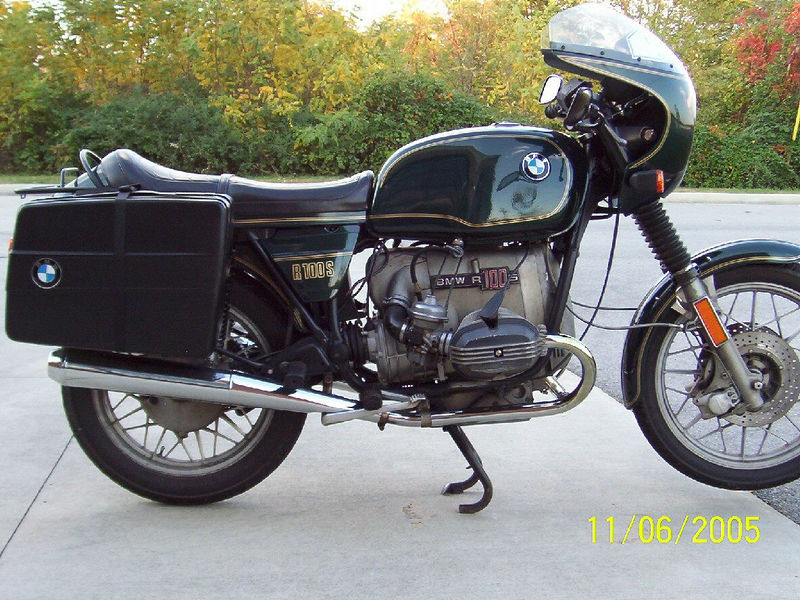 1978 BMW R100S. I bought it from the estate of the original owner. He rode it a lot! And he kept it up well. It has well over 100,000 miles, possibly over 200,000. In the last few years before his untimely death, he obviously intended to keep riding this bike, as he had the top end completely rebuilt by Bob's BMW in Maryland, and a brand new transmission (with kick starter!)installed by the BMW dealer in Winston Salem, NC.