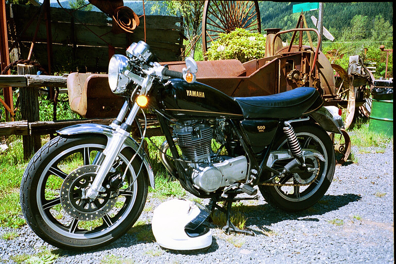 <b>On a ride near Mt. St. Helens.</b><br> (Before the painting.)