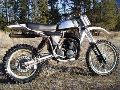 1980 Husky 390CR