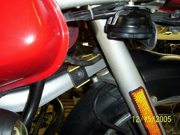 The 3rd TourTech Hard Part protects the tellelever, and acts a fork stop.