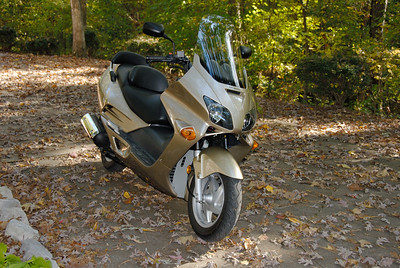 Our 2002 Honda Reflex 250cc Scooter - The Honda Reflex is water cooled and has front and rear disk brakes.