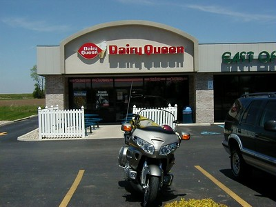 2003 Honda GL1800 - True to its heritage, we only got to the next state before the Gold Wing swung in to a Dairy Queen.