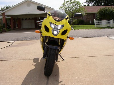 2004 Suzuki 600 GSXR  5300 mi.       Power Commander