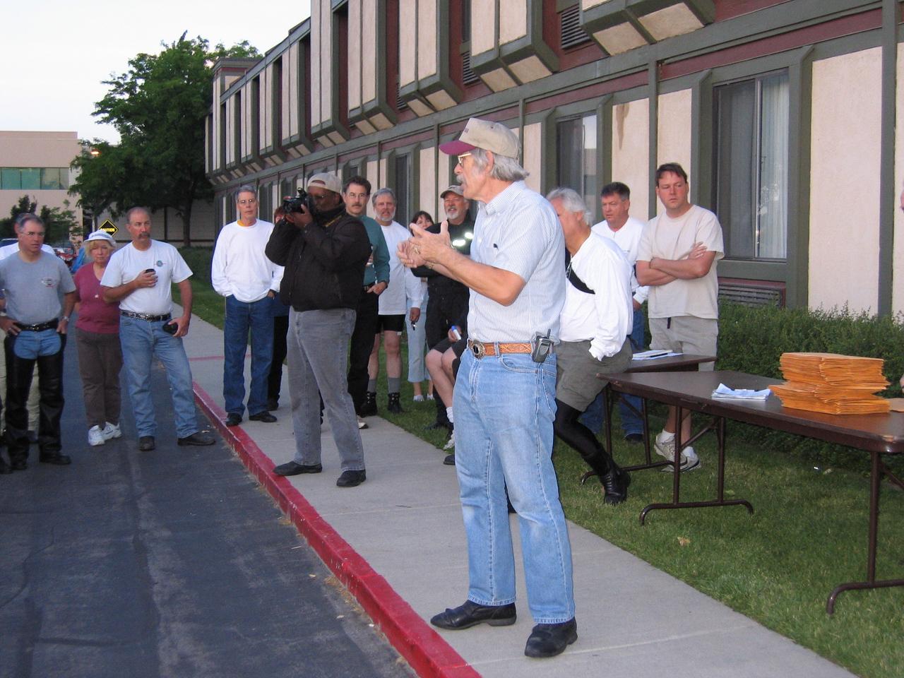 Rally master giving final instructions Saturday morning