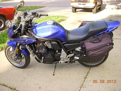 2004 Yamaha FZ1