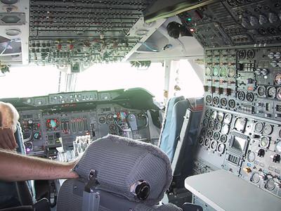 20050703 - 03 - PH-BUK cockpit