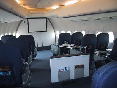 20050703 - 06 - PH-BUK VIP room
