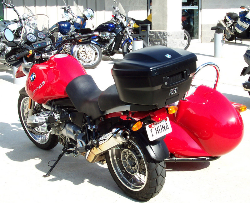 This sweet GS Adventure had a matching sidecar, so naturally I thought of Mapmaker Dan and his new Red GS.