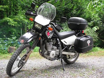 2007 DR650