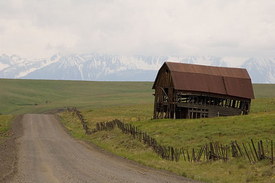 I shot this old barn on Zumwalt road coming into Joseph.  The Eagle Cap area is in the background.  The peaks are about 9000 feet.