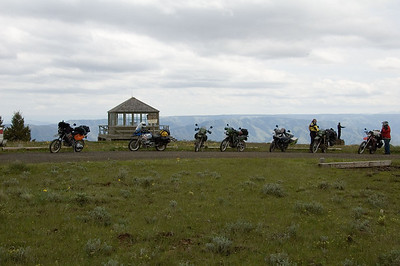 The group at Buckhorn lookout.