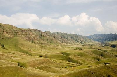 A shot back up the Imnaha valley while climbing up the last ridge towards Dug Bar.