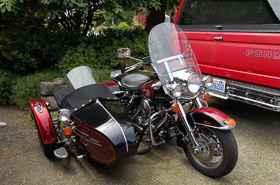Steve's very cool harley side car.