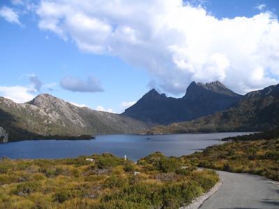 Album 4 1/2, more Tasmania