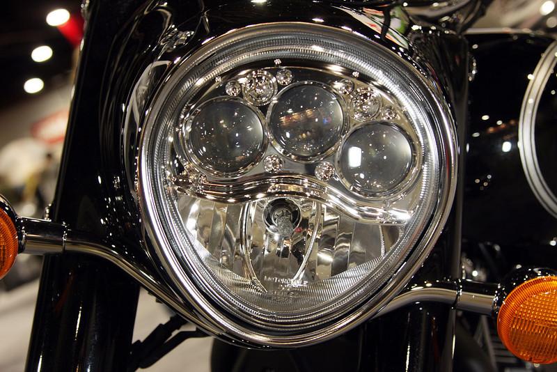 2008 Kawasaki Vulcan 2000 Motorcycle Cruiser Headlight