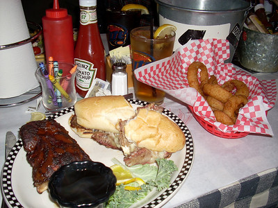Hot Rods BBQ - Polar Bear Wearhouse