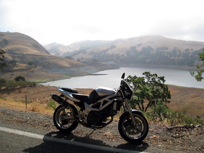 """i spent most of the morning """"posing"""" the bike, to get pics of it.<br /> <br /> before that morning, i didn't even know this reservoir was there."""