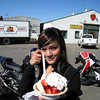 the organizer of the ride, yanabanana, with her reward for the day... fresh strawberry shortcake.