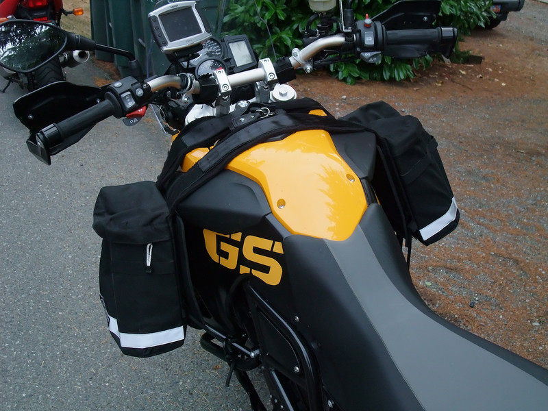Checking out Aerostich tank panniers. I think they would get in the way of my knees.
