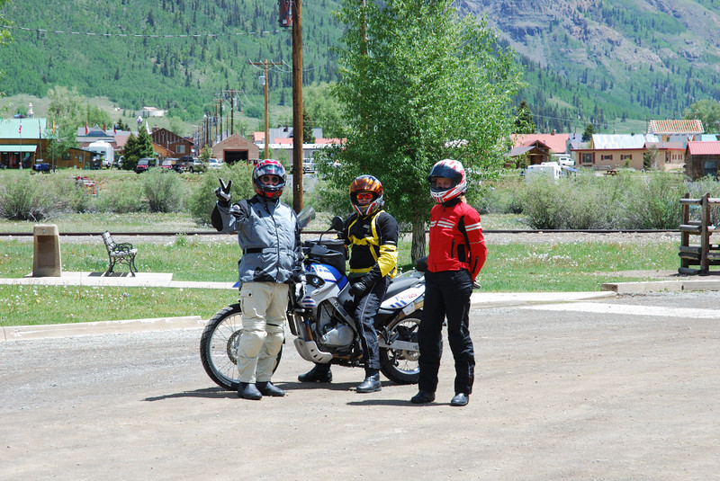 Harl, an F650 Dakar rider, and Kim in Silverton, Colorado, discussing world peace. Or was that swirled peas.