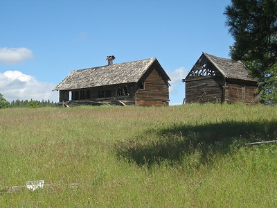 A fixer-upper in Tygh Valley