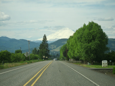 Mt. Adams from Hwy35 above Hood River.