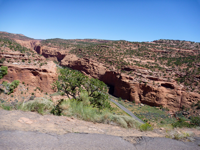 canyons along the burr trail, ut