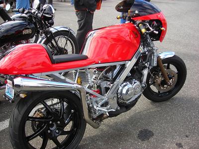 20120414 Honda VFR 400