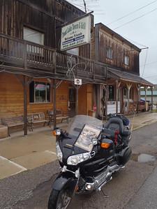 186 Trout Lake Tavern