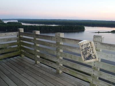 109 Mississippi Pallasades Overlook