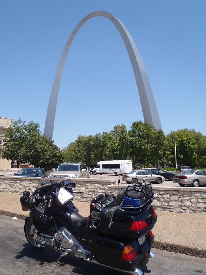 053 Gateway Arch