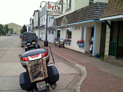 174 Syl's cafe