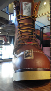 Bonus 014 Big Boot