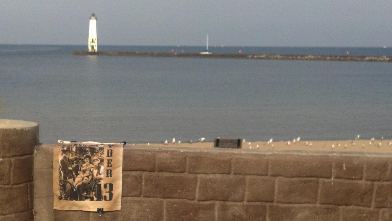 Bonus 052 Frankfort Lighthouse