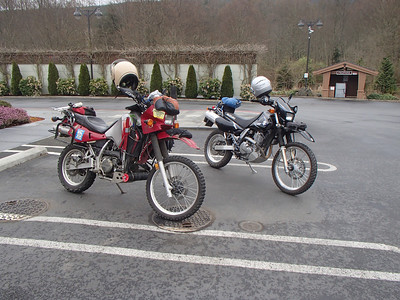 Feb 2014 1st Ride on the DR650-The Longhouse at Blyn