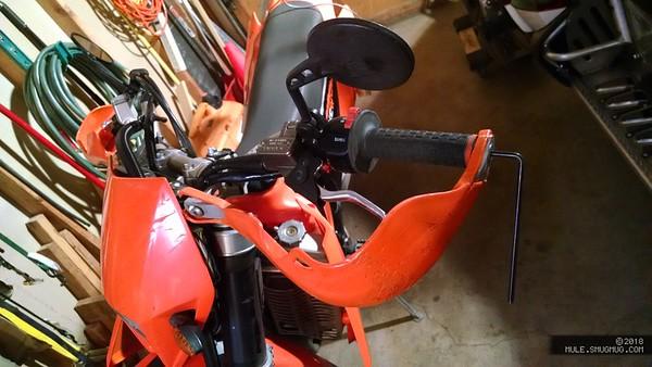Moto grip heater install