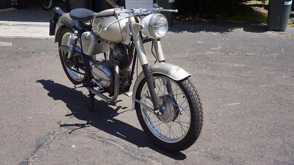 65 Moto Guzzi Stornello