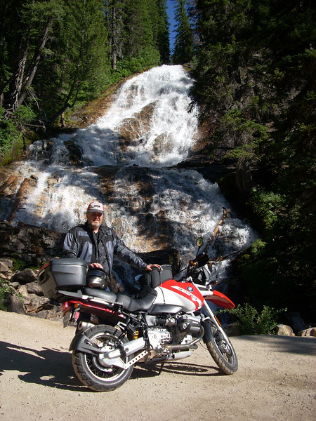 Imet ( and rode ) with Joseph ( Tinstar ) from Kerrville Texas and his fine GS at Skalkaho Falls for half a day