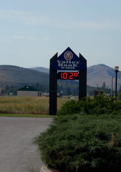 arriving in Missoula Montana at 4pm it was 107 degrees, after lunch and a break I headed towards Kalispell, it was 102 in Arlee at 6:30 pm